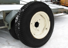 Traktori mururehvide komplekt