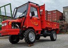 Traktor kallutava kastiga